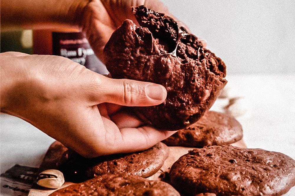 gluten free chocolate chickpea cookies