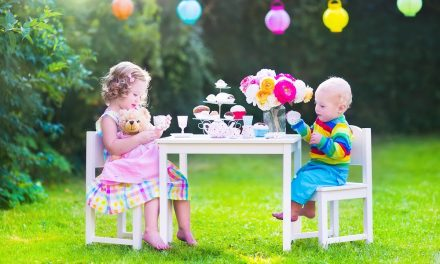 Table Talk: Choosing the Best Utensils for Babies & Tots
