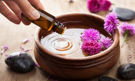 5 Essential Oils You Need For Your Clean, Green Home