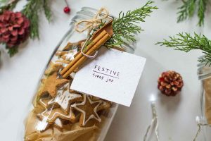 Grain free Vegan Gingerbread Cookie Jar – Gift Idea