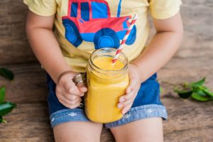 Kids-juicing_web