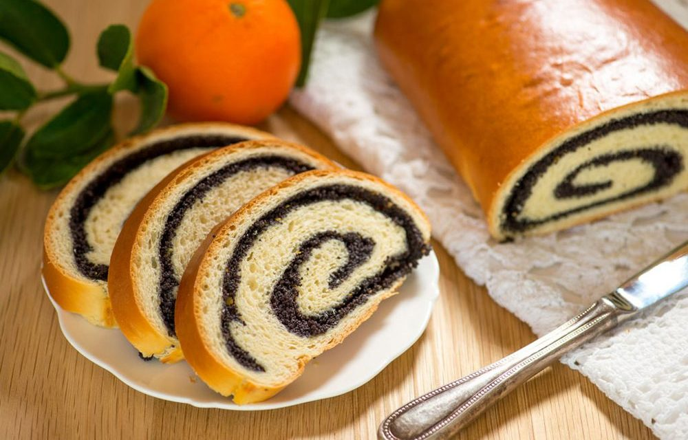 Traditional Easter Poppy Seed Roll