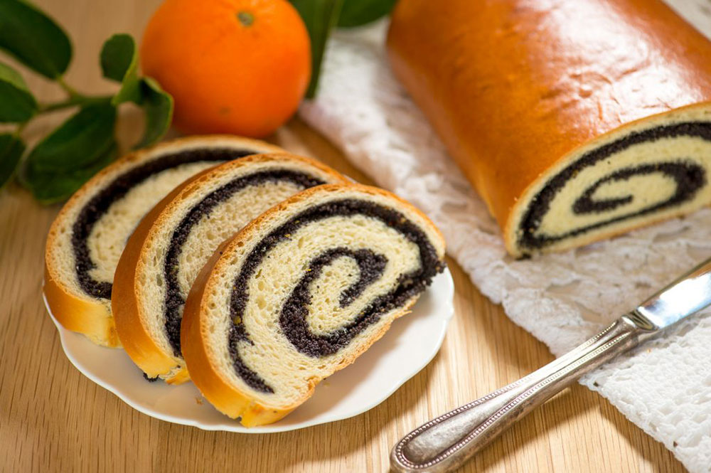 Poppy-Seed-Roll-by-The-Sweet-Rebellion_web3