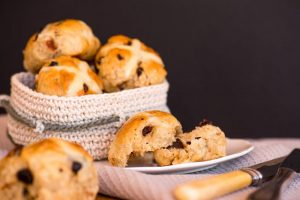 Sour-Cherry-Dark-Chocolate-Hot-Cross-Buns-by-The-Sweet-Rebellion_web4