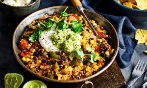 Spicy bean chilli w guacamole