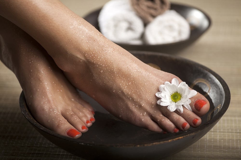 Treat Your Feet: DIY Foot Soak & Scrub Recipes