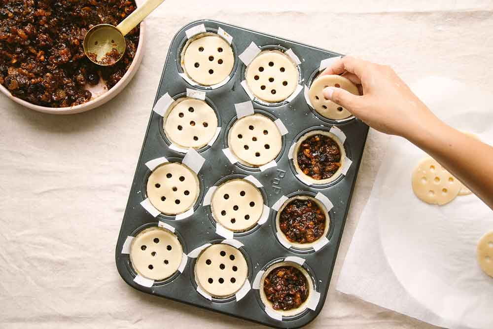 Vegan-Mince-Pies-for-Festive-Feasting-web-2