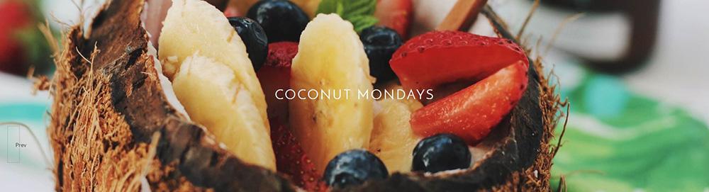 Coconut Monday: A vanilla protein powder coconut smoothie