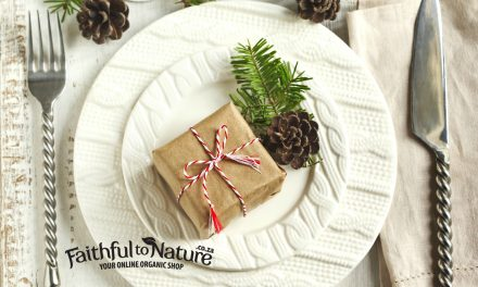 Eco-friendly Festive Decor for Your Table