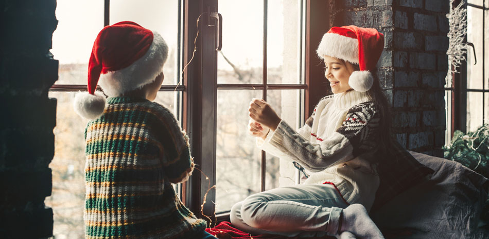 12 Tiny Christmas Cracker and Stocking Giller Gift Ideas to Inspire Change