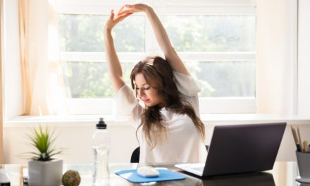 5 Toning Every Day Desk-Ercises for a Summer Body