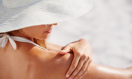 10 Reasons Why a Natural Sunscreen is Important for You