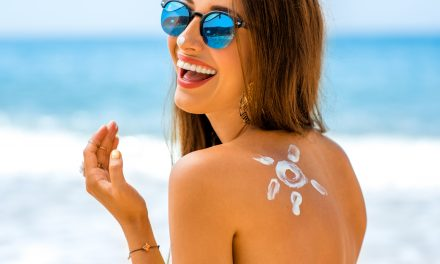 Everything You Need To Know To Avoid A Chemical Sunscreen Summer