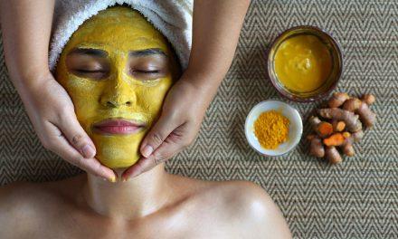 Turmeric Face Mask For Radiant Summer Skin