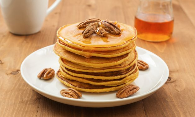 Light & Fluffy Pumpkin Spice Pancakes (Vegan and Gluten Free!)