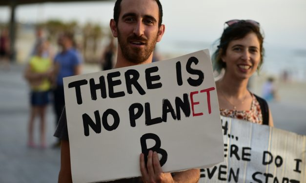 Climate Change is Real: 7 Simple Ways to Reduce Your Carbon Footprint
