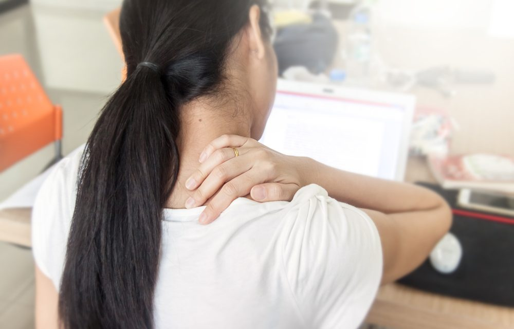 4 Simple but Effective Yoga Poses for Neck and Shoulder Pain